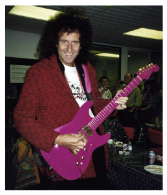 brian-may-dream-stratocaster